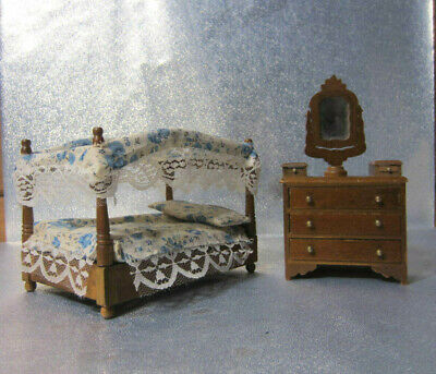 Vintage Wood Concord Miniature Canopy Bed and Dresser  Doll House Furniture