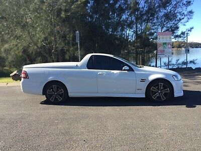 12 MONTHS NSW REGO 2010 Holden VE SV6 VE MY10 Commodore Auto ute 3.6L
