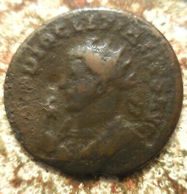 22mm, 3.07g, Diocletian. AD 284-305. Antoninianus Radiate and mantled bust