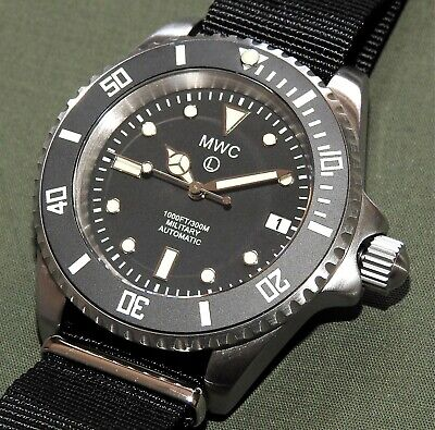 "MWC AUTOMATIC ""SUBMARINE"" DIVE WATCH MINT Men's Wrist Steel Diver Screw Crown"