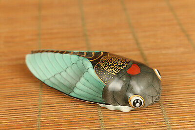 chinese old porcelain hand painting cicada statue snuff bottle collectable