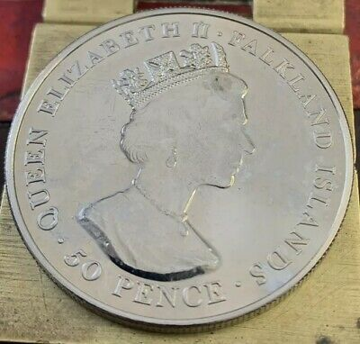 2001 Falkland Islands 50p Fifty Pence Crown Size Coin 75th Birthday Elizabeth II