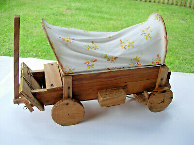Vintage Old Antique Handbuilt WOODEN COVERED WAGON LIGHT/NIGHT LIGHT 40 yr old