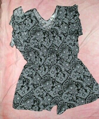 Terra and Sky Women's Ladies Romper Size 2X Paisley Jumpsuit Ruffle Sleeve Vneck