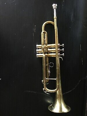 CONN 22B BB USA Trumpet with Case Ready To Play - $175 00