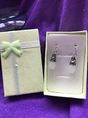Pair Of Vintage Style Drop Earrings With White Bead New In Gift Box