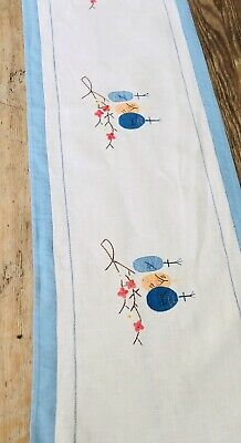 Vintage Linen Embroidered Table Runner . Chinese Lanterns