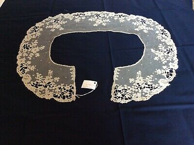 ANTIQUE IRISH CARRICKMACROSS LACE COLLAR BERTHA HAND LACE circa 1900