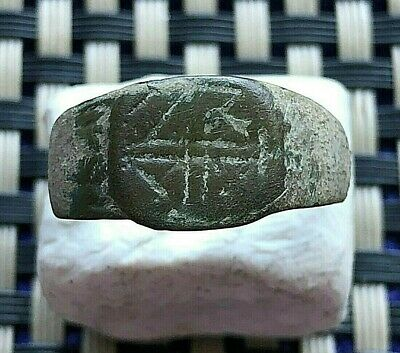 Ancient Late Roma Or Byzantine Bronze Ring With Cross 400-600 Ad Very Rare