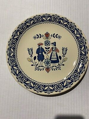 """Staffordshire Old Granite Hearts & Flowers 10"""" Dinner Plate - Pre-owned"""