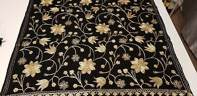 Luxurious Hand Embroidered Shawl Scarf Stole Wrap Hijab Fine Kashmiri Wool Black