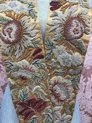 ANTIQUE VICTORIAN Plushwork CUT-WOOL FLOWER CHENILLE French Knot DRAPERY PULL