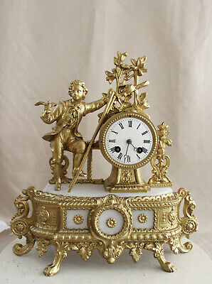 Antique 1860 French Clock Gracieus Statue Romantic Gilted Alabaster
