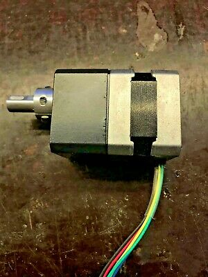 Vexta 2-Phase 0,05°/Step Stepper Motor Pk243A1A-Sg36