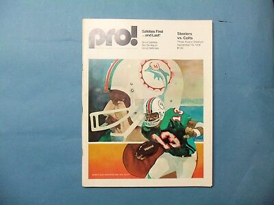 1974 Game day program Pittsburgh Steelers vs Baltimore Colts @ 3 Rivers Stadium