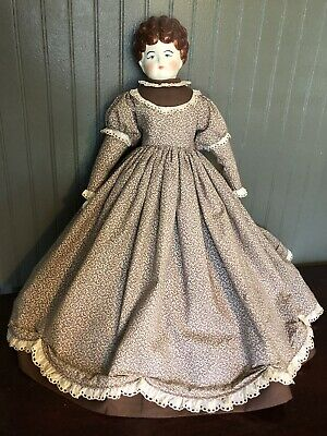 Beautiful Hertwig China Head Blonde Doll Detailed Dress Pet Name Agnes Complete