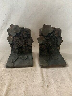 ANTIQUE VINTAGE PAIR OF HEAVY Cast Iron Brass Leaves BOOKENDS