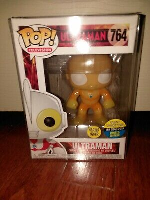 Funko Pop! Ultraman GITD SDCC 2019 Toy Tokyo Exclusive Mint w/soft protector