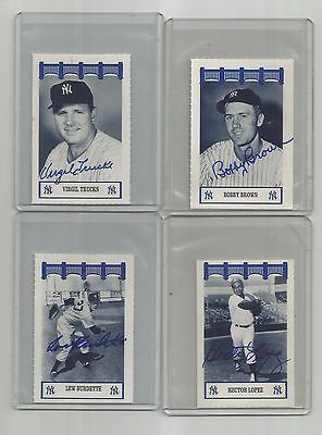1991-1992-WIZ ny YANKEES of the 50's auto SIGNED hector LOPEZ classics AT&T