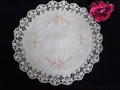 Vintage Center Piece Doiley Round Cream Hand Embroidery & Ecru Crochet Floral