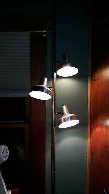 Vintage Mid Century Modern Gold Tension Pole Lamp With Silver Shades w stars