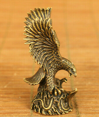 chinese old bronze hand casting eagle statue figure table collectable gift