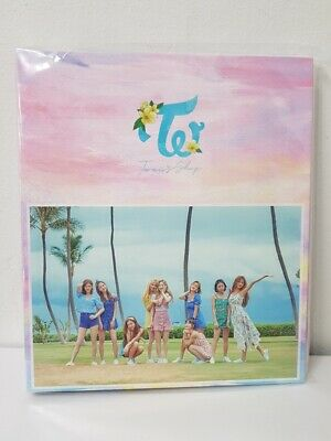 [KPOP] TWICE POPUP STORE TWICE TWAIIS Shop OFFICIAL GOODS - Photocard Binder