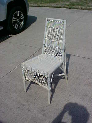 ~Antique Beautiful White Wicker Chair ~ Smaller Size~ Vintage Patina ~ GORGEOUS~