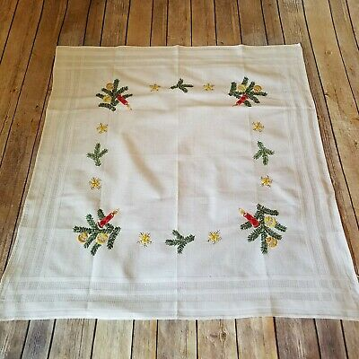 Table Topper Dresser Scarf Vtg Embroidered Wall Hanging Christmas Candles Snow