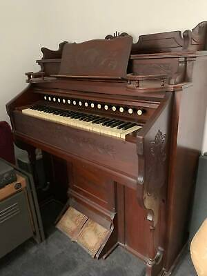 Antique ESTEY ORGAN in good condition, everything works.