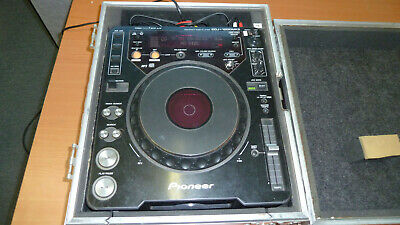 Pioneer CDJ-1000 Mk3 used player in road case in good condition