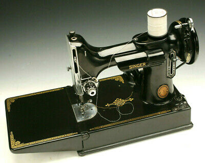 Vintage Singer Featherweight Sewing Machine 221 Gorgeous !!!!!! *No Reserve*