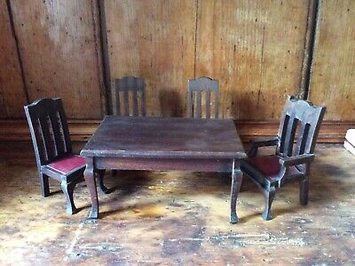 Antique Elgin Of Enfield Dolls House Furniture. Table And Four Chairs, 1920s