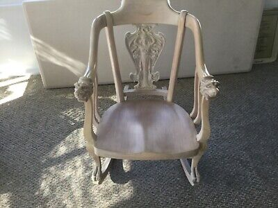 Antique Rocking Chair with arms – Refinished early 1900s