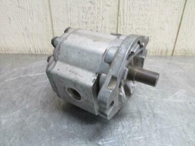 "P323EJ23L01 Hydraulic Gear Pump 7/8"" shaft"