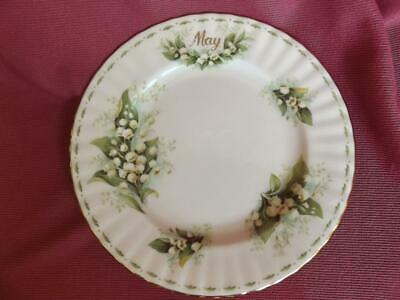 ROYAL ALBERT bone china PLATE FLOWER of the MONTH MAY LILY of the VALLEY 20.5cm