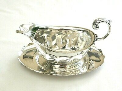 Art Deco Silver Plated Gravy/Sauce Boat With Scalloped Drip Tray   1470802/806