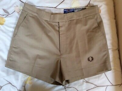 Vintage Fred Perry Beige Shorts Size 34 Waist