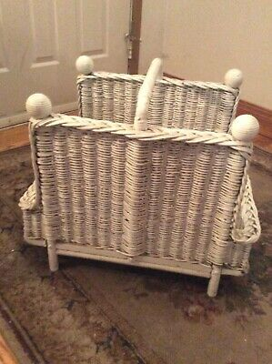 ANTIQUE White WICKER Wood MAGAZINE Rack HOLDER Heywood Wakefield Rare Basket