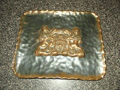 vintage copper Wall Plate lions & sheild free post