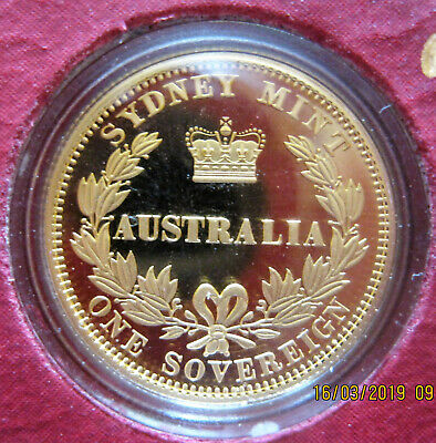 Gold Sovereign - Perth Mint Proof 2005 Limited Commemorative & Book with History