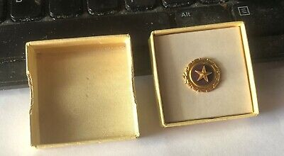 Vintage Gold Plate WWII Gold Star Lapel Button Badge Pin Dated 1947 Original Box