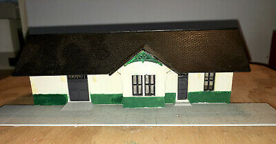 N Scale Walthers Passenger Station Building Ready To Use Listed As Used