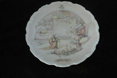 """Royal Albert Wind in the Willows """"Badgers House"""" Plate"""