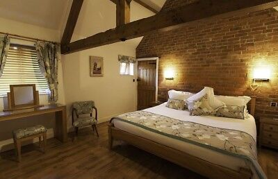2 Nights Romantic B & B THIS WEEK - Weekday Offer 28th To 31st July Pick Dates