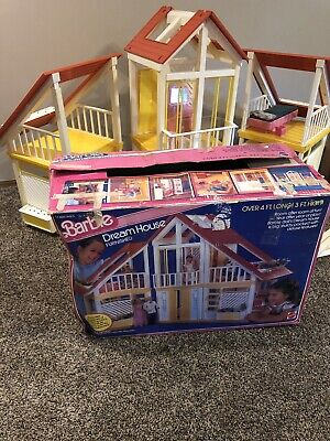 Vintage 1970's A-Frame Mattel Barbie Dream House YELLOW, Furniture, Box