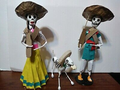 Day Of The Dead Couple With Dog. 3Pc Set.