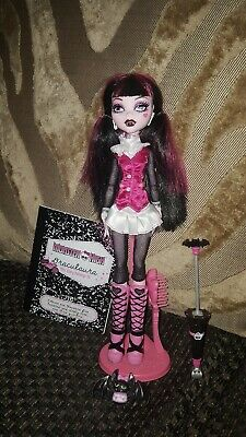 Monster High Draculaura 1st Wave Doll Plus Accessories