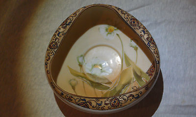 NIPPON HAND PAINTED Tri-Cornered Bowl with Moriage