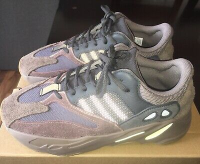 huge discount 6cd54 591fd ADIDAS YEEZY 700 Boost Mauve Size 9 with Box - $275.00 ...
